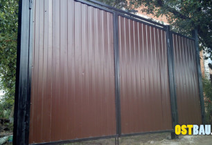 framed-metal-solid-gates-07
