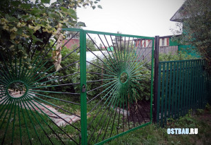 nonframed-metal-lath-gates-04