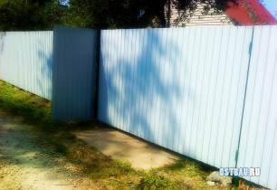 nonframed-metal-solid-gates-02