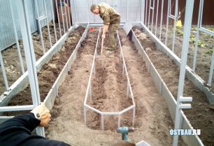 metal-raised-beds-process-007