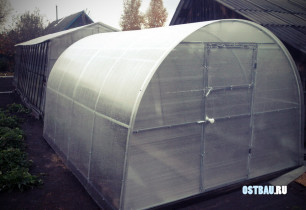 greenhouses-mounting-001
